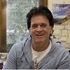Dr. Des Richardson
